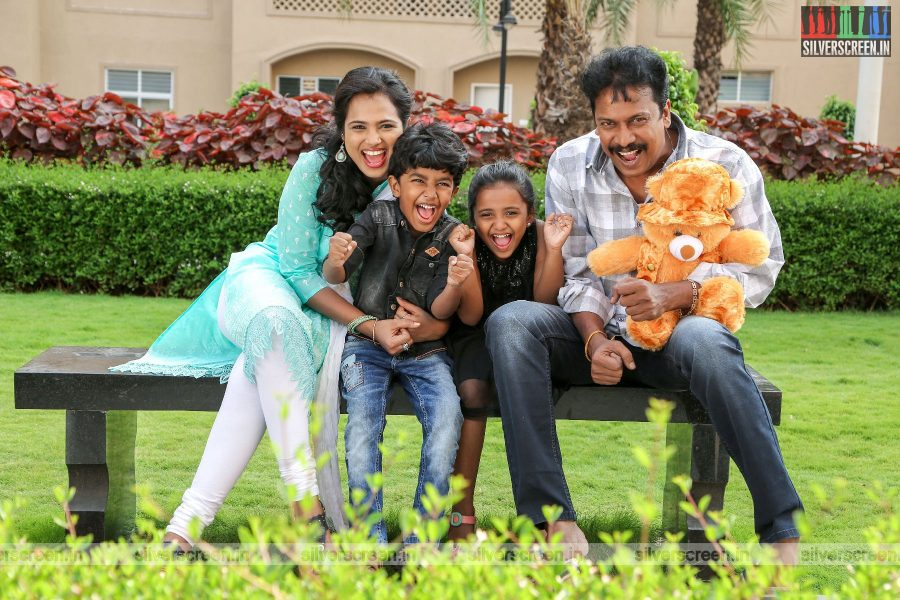 Aan Devathai Movie Stills Starring Samuthirakani