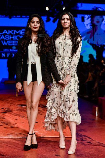 Jhanvi Kapoor At The Lakme Fashion Week 2018