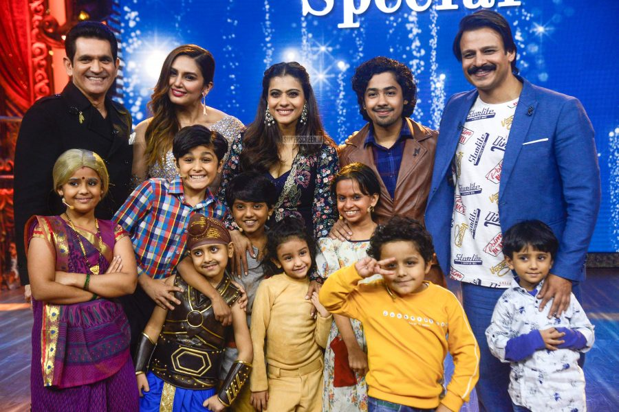 Kajol Promotes Helicopter Eela On The Sets Of India's Best Dramebaaz