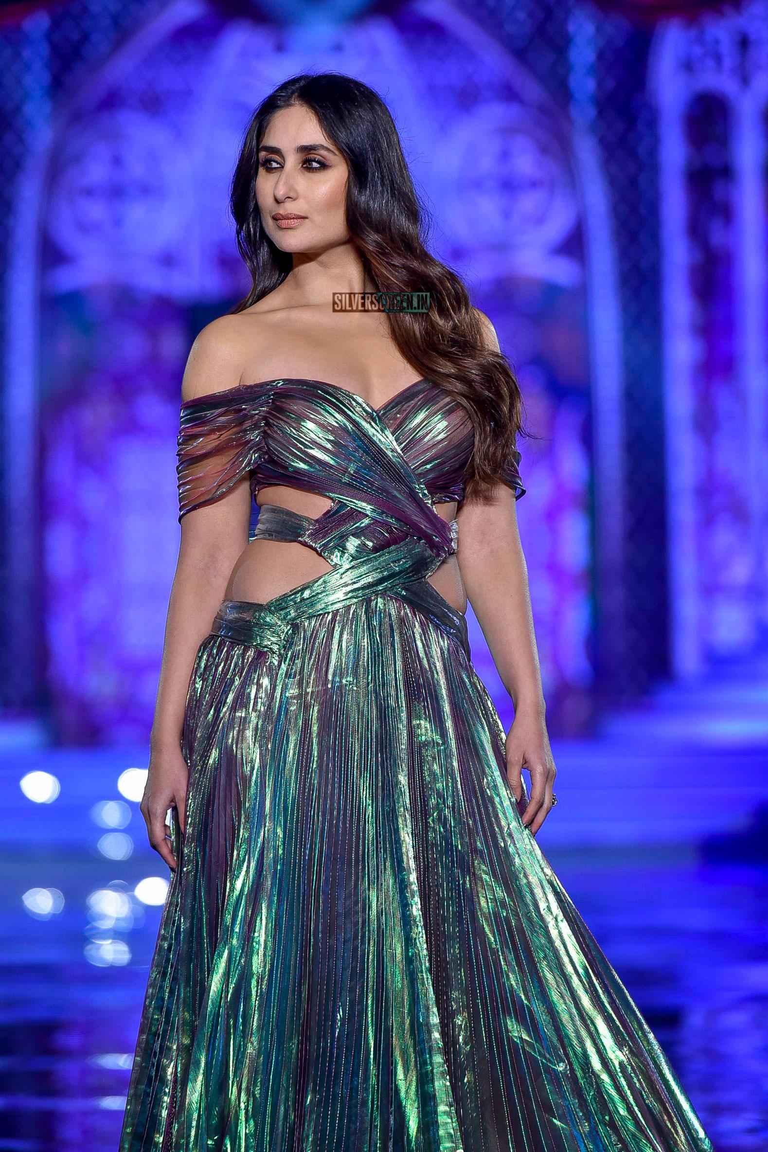 Reviews >> Kareena Kapoor, Kriti Kharbanda At The Lakme Fashion Week 2018 | Silverscreen.in