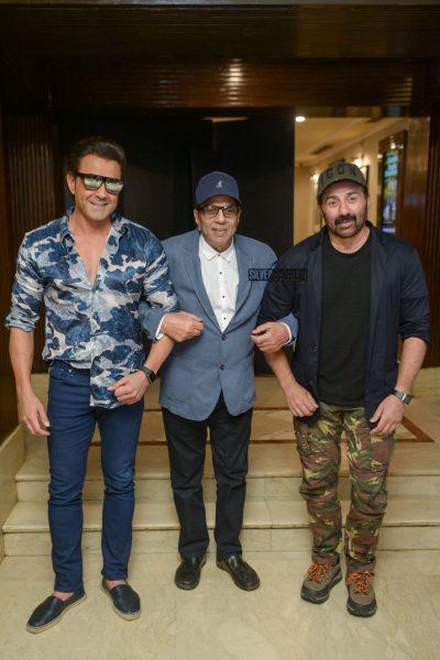 Sunny Deol, Dharmendra, Bobby Deol Promote Yamla Pagla Deewana Phir Se