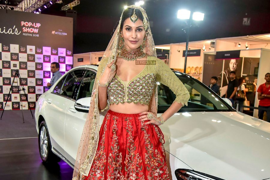 Amyra Dastur Show-Stopper For Pernia's Pop Up Show