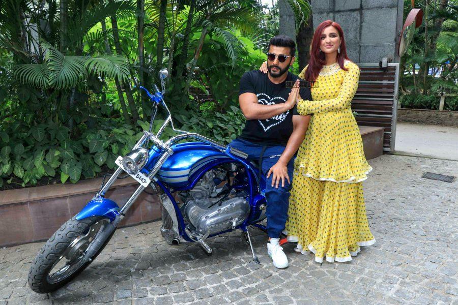 Arjun Kapoor And Parineeti Chopra Promote Namaste England