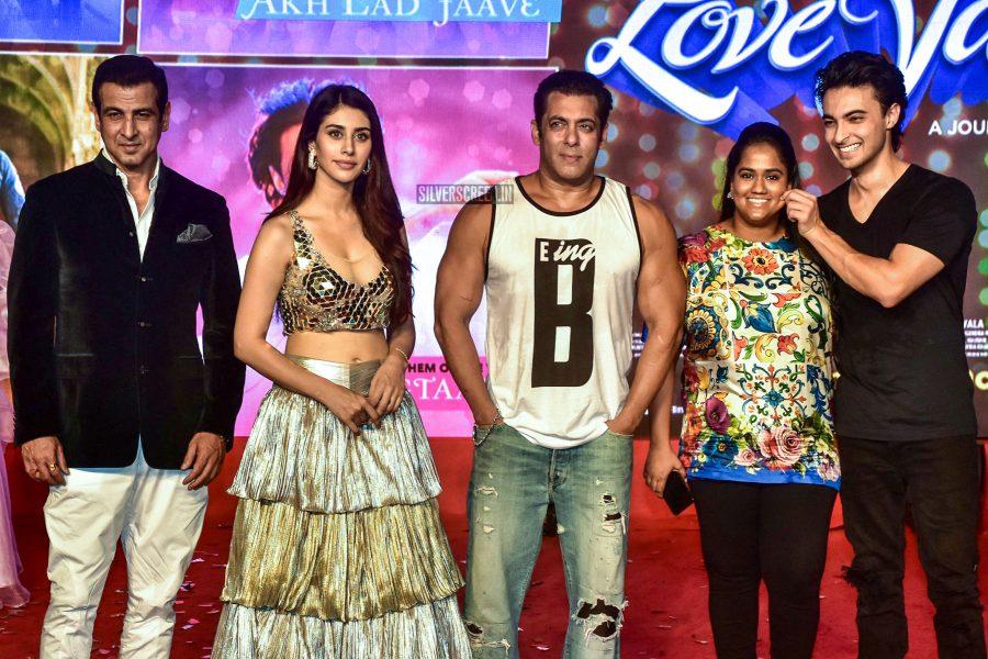 Salman Khan, Aayush Sharma, Warina Hussain Promote Loveyatri