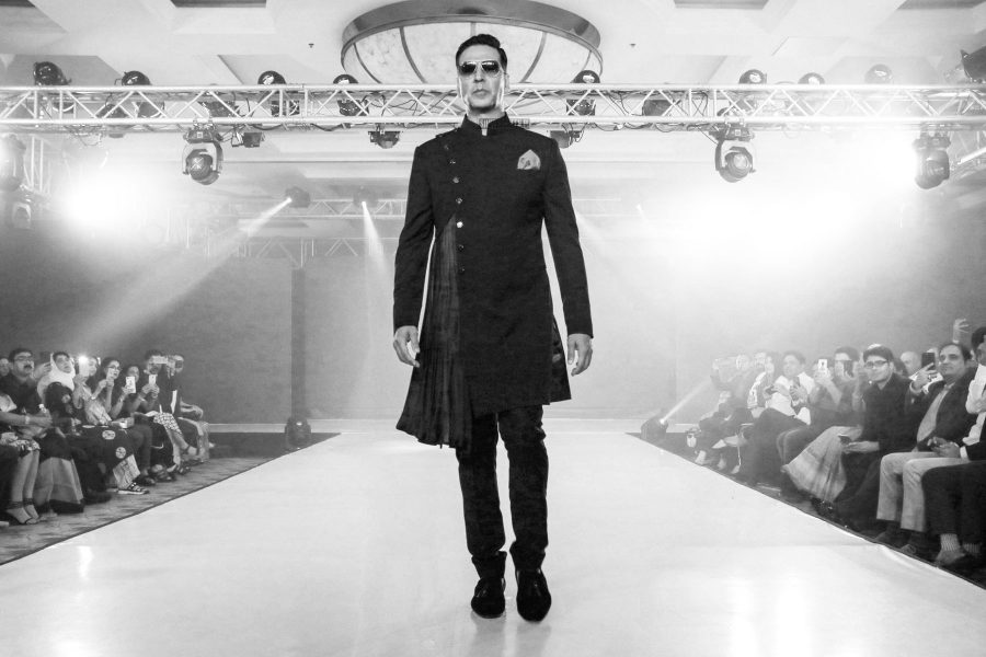 Akshay Kumar Walks The Ramp For Lalit Dalmia