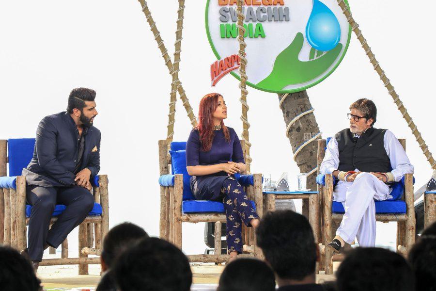 Amitabh Bachchan, Parineeti Chopra, Arjun Kapoor At The 'Banega Swachh India' Event