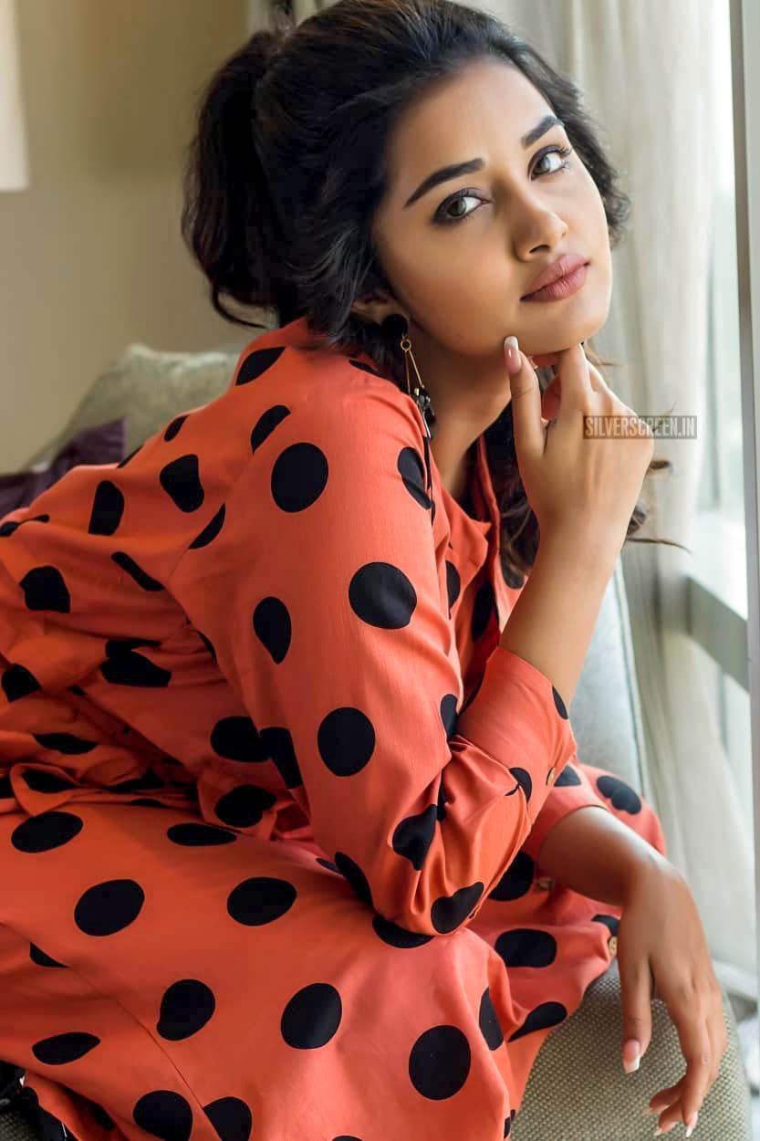 anupama parameswaran photoshoot stills  u2013 silverscreen in