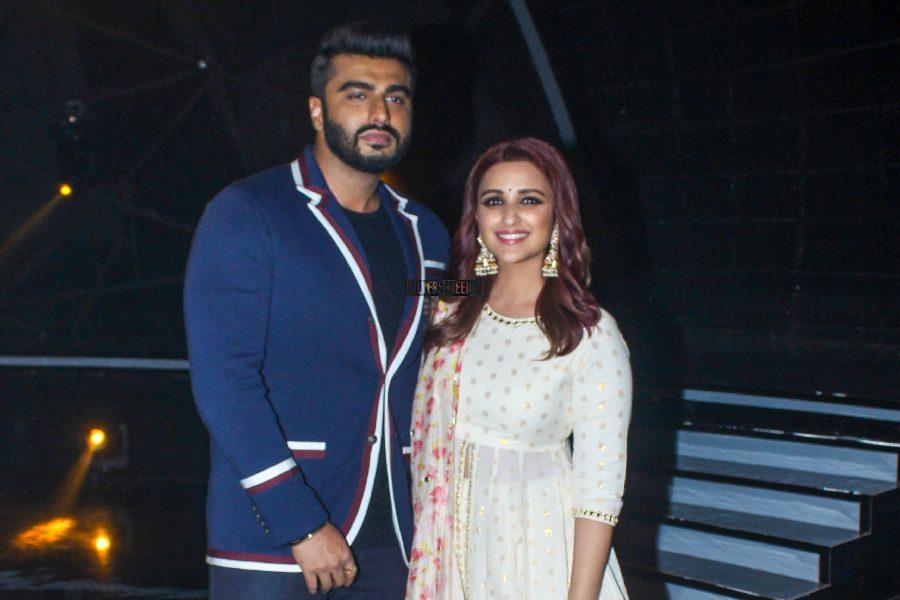 Arjun Kapoor & Parineeti Chopra Promote Namaste England On The Sets Of Indian Idol