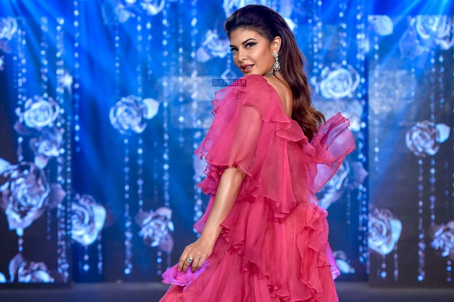 Jacqueline Fernandez Walks The Ramp For Wedding Junction