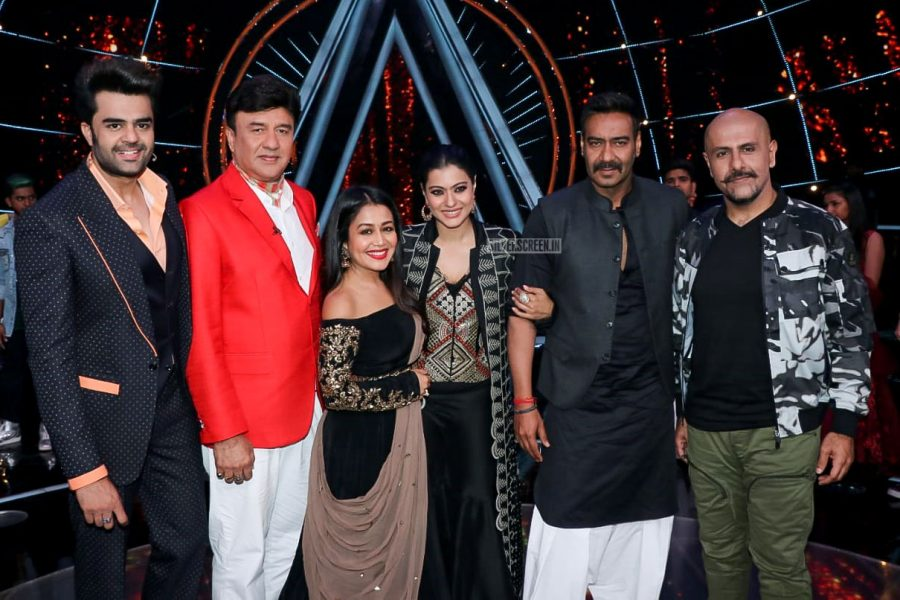 Kajol & Ajay Devgn Promote Helicopter Eela On The Sets Of Indian Idol
