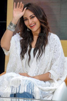 Sonakshi Sinha At Smile Foundation Event