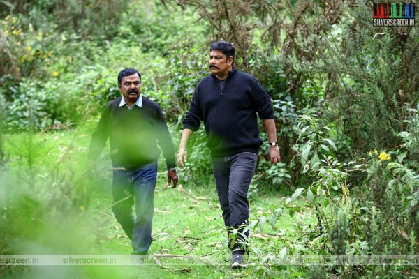 Iruttu Movie Stills Starring C Sundar, VTV Ganesh
