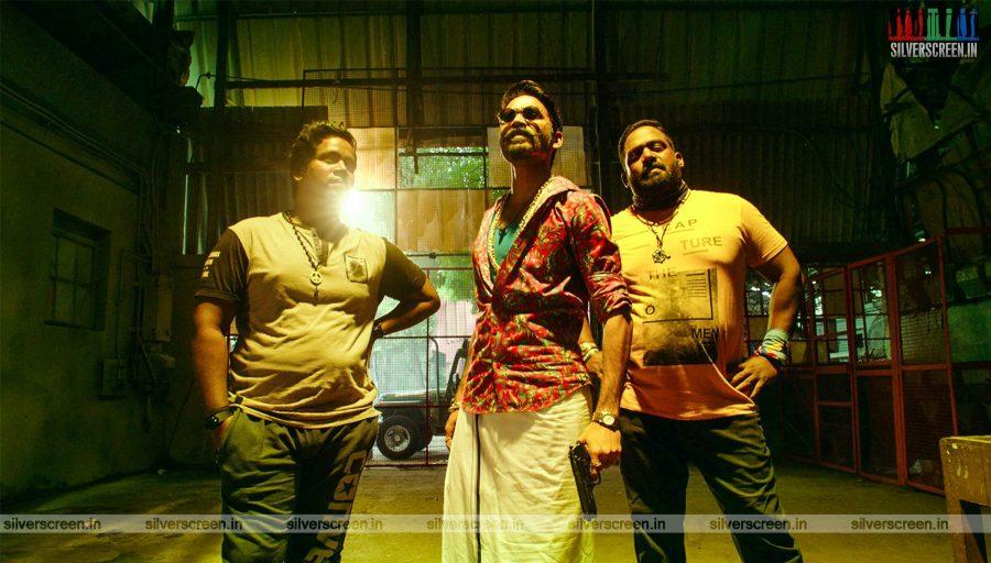 Maari 2 Movie Stills Starring Dhanush, RObo Shankar