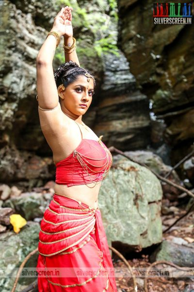 Neeya 2 Movie Stills Varalaxmi