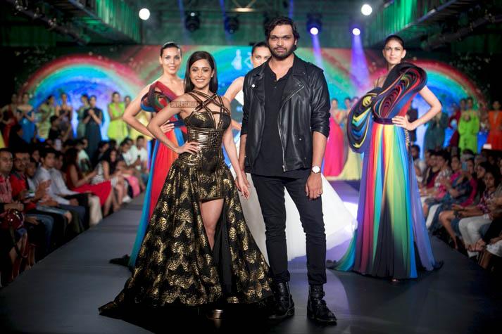 Nushrat Bharucha Walks The Ramp For Swapnil Shinde At Mysore Fashion week season