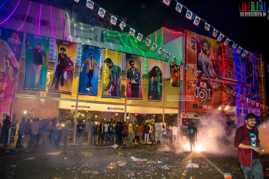 Sarkar FDFS Celebrations at Rohini Silver Screen Theatre