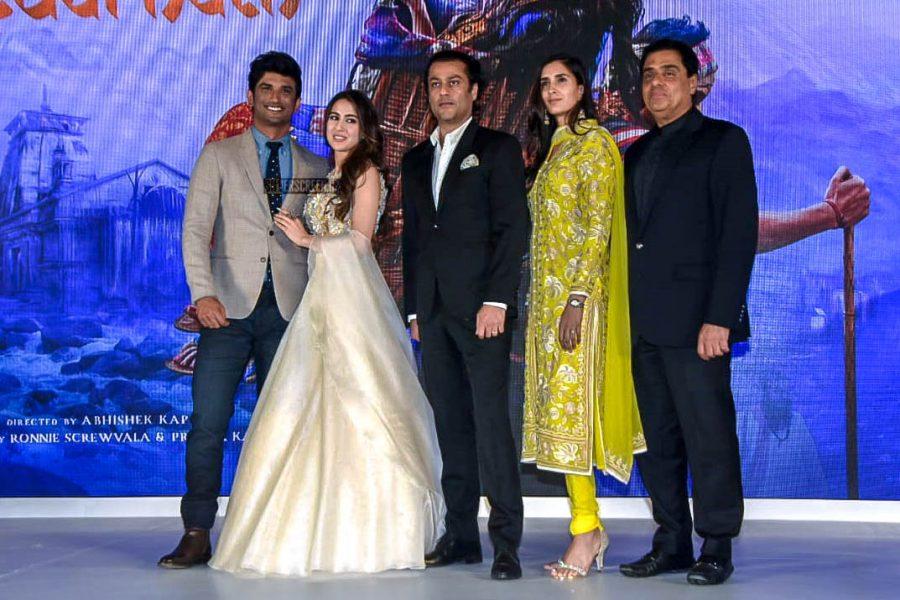 Sushant Singh Rajput, Sara Ali Khan At The 'Kedarnath' Trailer Launch
