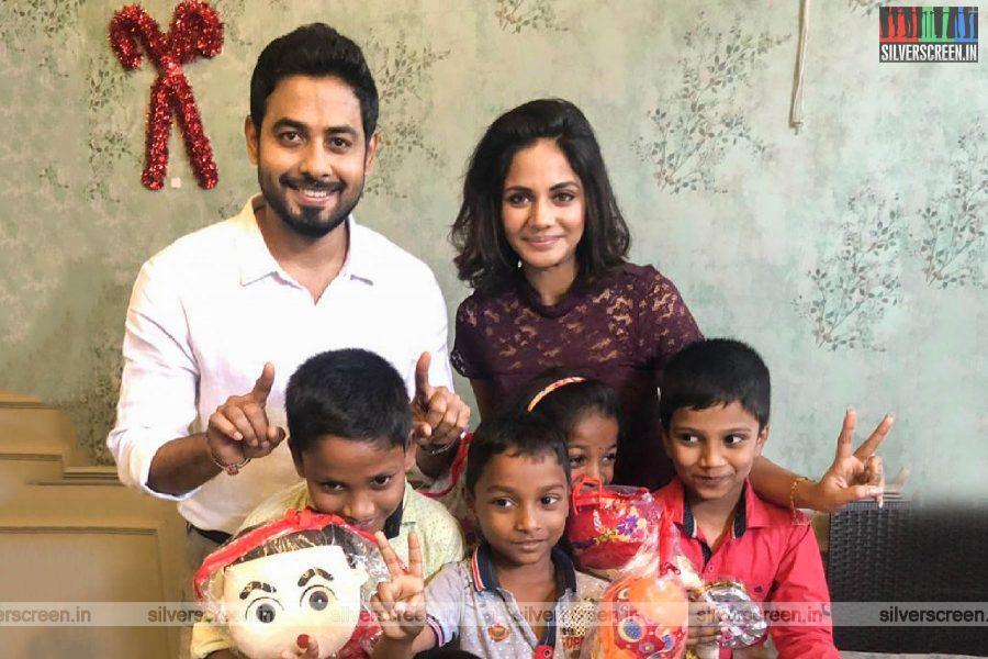 Aari, Aishwarya Dutta Celebrate Christmas At An Orphanage