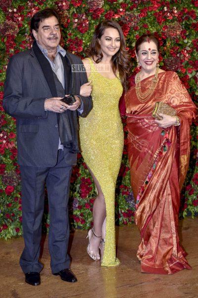 Sonakshi Sinha At The Ranveer Singh, Deepika Padukone Wedding Reception