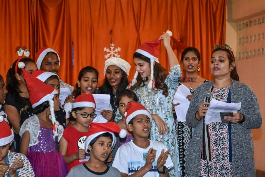Jacqueline Fernandez Celebrates Christmas At An Orphanage