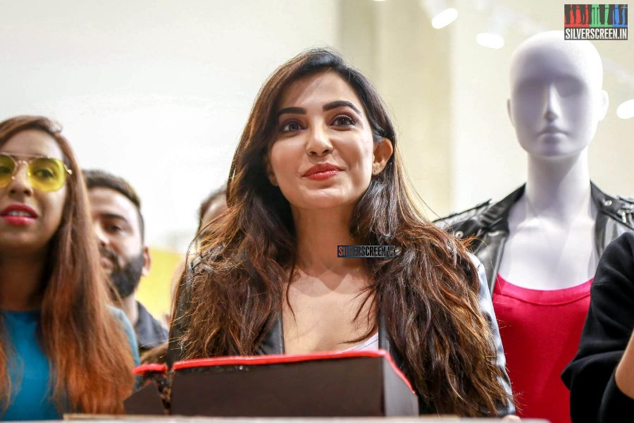 Parvatii Nair At A Store Launch In Chennai