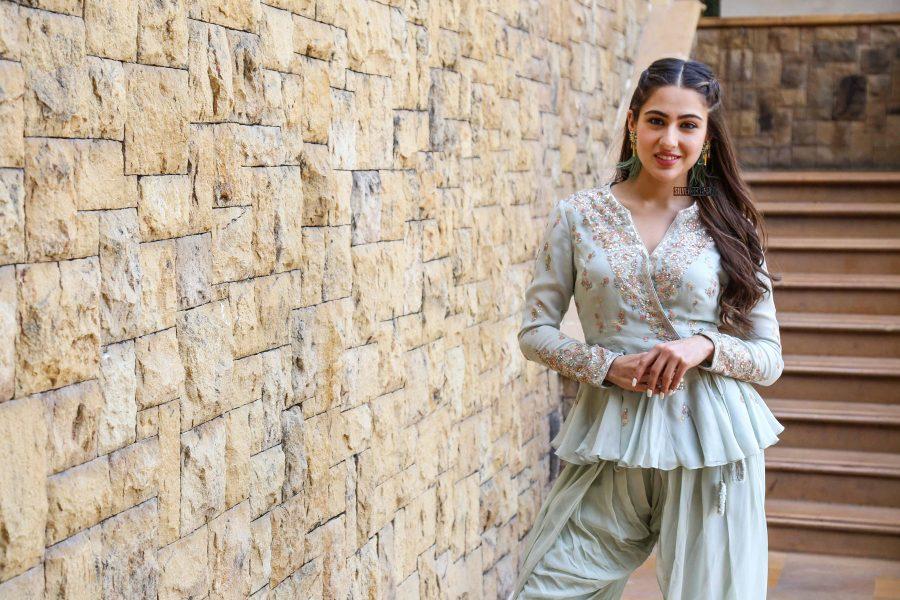 Sara Ali Khan Promotes 'Kedarnath'