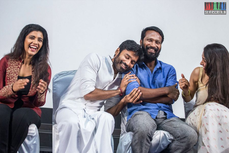 Dhanush's spontaneous reaction to being called 'Slim Sivaji' by the host. Aishwarya Rajesh, Vetrimaaran and Andrea Jeremiah seem moved to tears. At the <em>Vada Chennai</em> press meet.