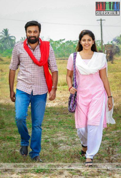 Naadodigal 2 Movie Stills Starring M Sadikumar, Anjali