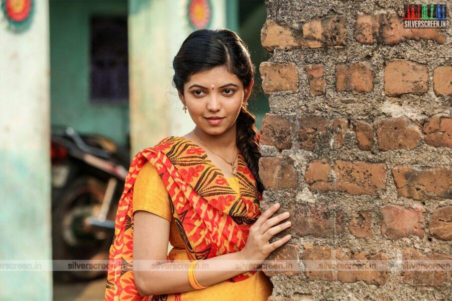 Naadodigal 2 Movie Stills Starring Anjali