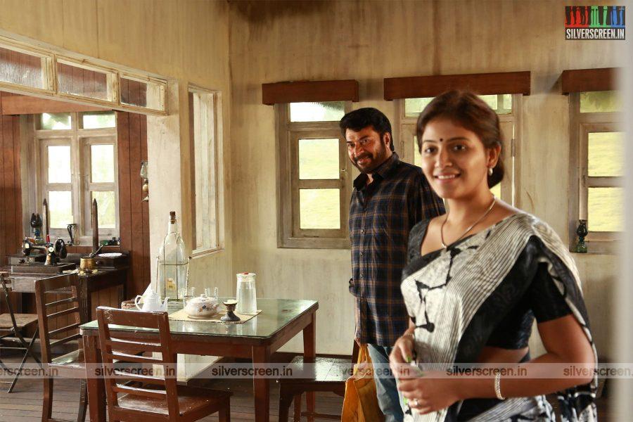 Peranbu Movie Stills Starring Mammootty, Anjali