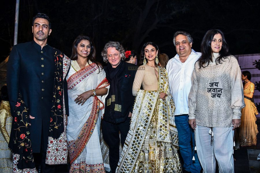 Aditi Rao Hydari Walks For Designers Abu Jani And Sandeep Khosla, To Mark 100 Years Of Khadi