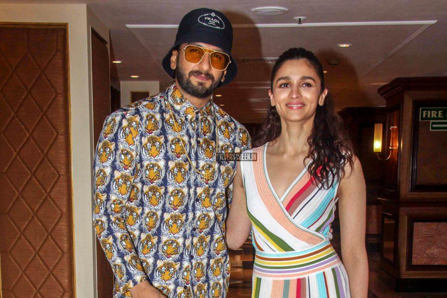 Alia Bhatt, Ranveer Singh Promote 'Gully Boy'