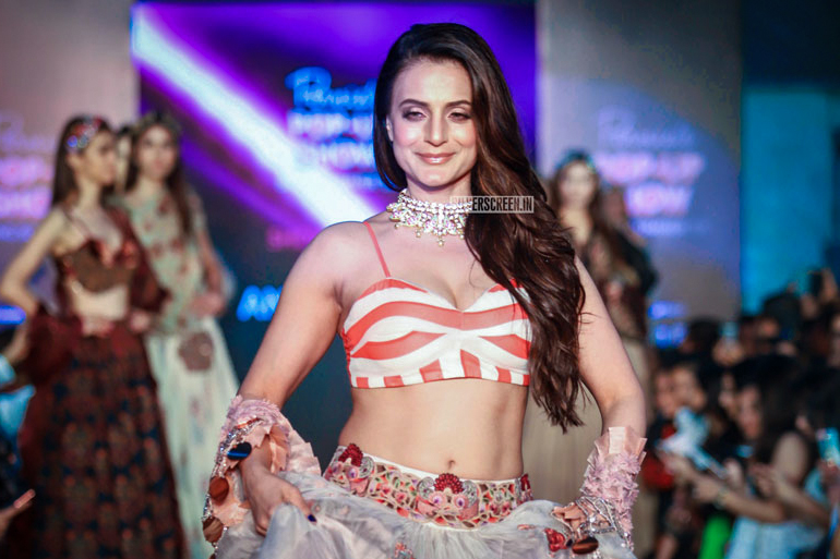 Ameesha Patel Walks The Ramp For Pernia's Pop-Up Show
