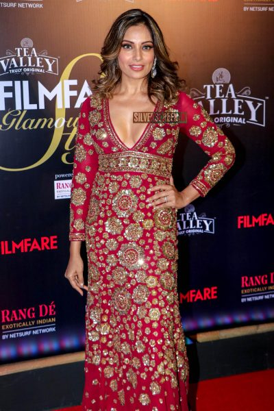 Bipasha Basu At The Filmfare Glamour and Style Awards 2019