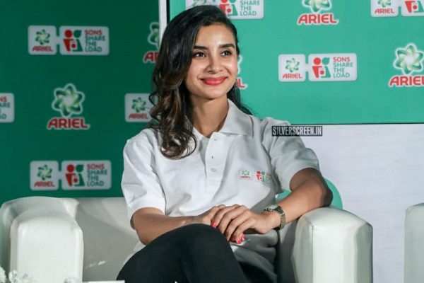 Patralekha At The Ariel's Sons Share The Load Event