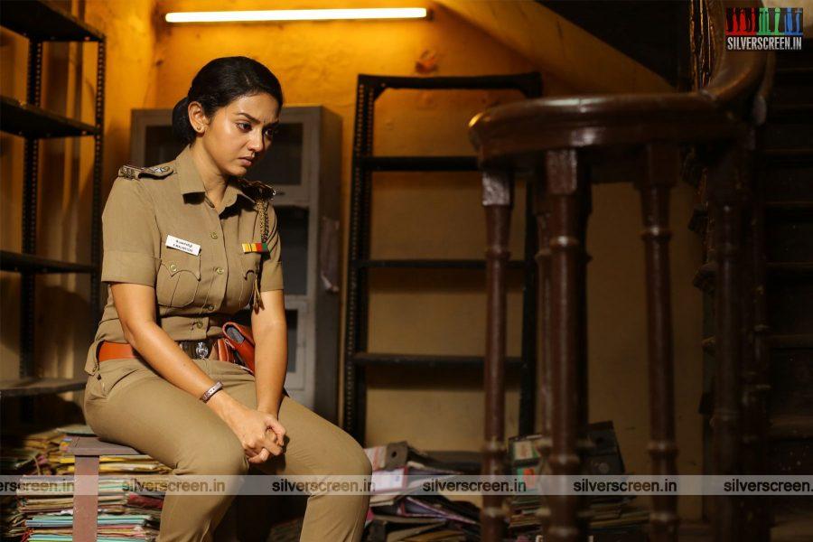 Thadam Movie Stills Starring Arun Vijay, Tanya Hope
