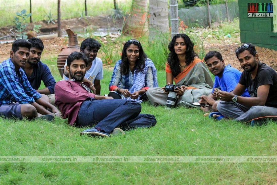 Thadayam Movie Stills Starring Kani Kusruti, Ganapathy Murugesan