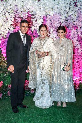 Akshay Kumar, Rekha At The Akash Ambani And Shloka Mehta Wedding Reception