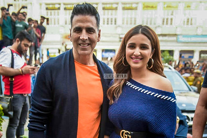 Akshay Kumar, Parineeti Chopra Promote 'Kesari' In Delhi