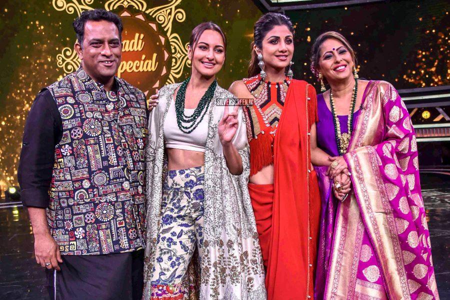 Shilpa Shetty, Sonakshi Sinha Promote 'Kalank' On The Sets Of Super Dancer Chapter 3