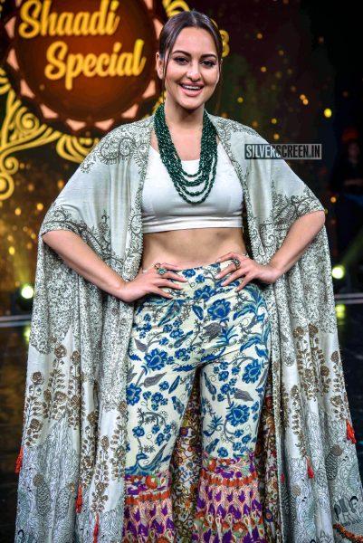 Sonakshi Sinha Promotes 'Kalank' On The Sets Of Super Dancer Chapter 3