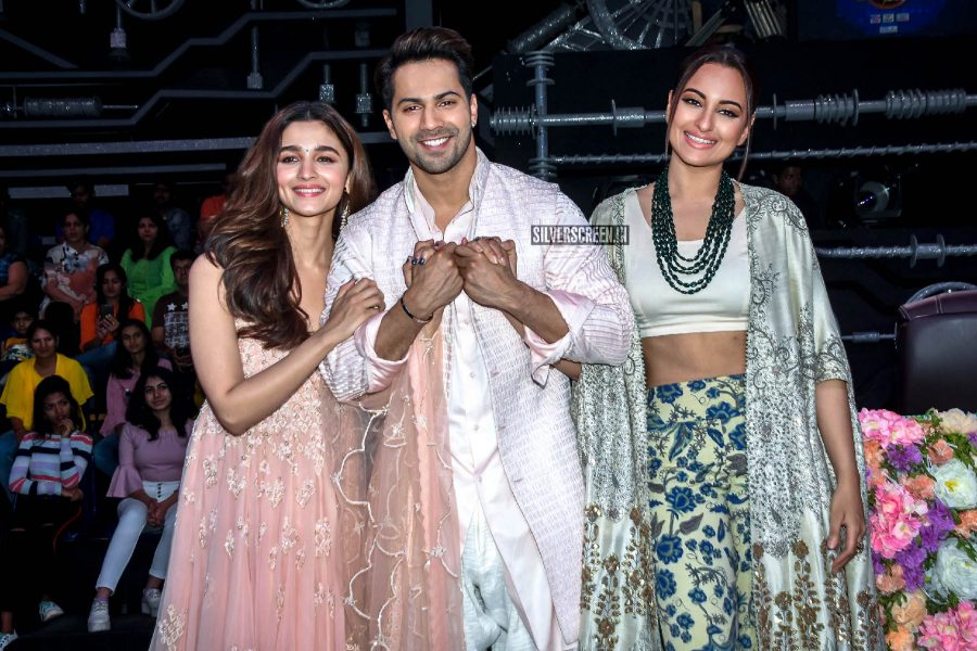 Alia Bhatt, Varun Dhavan, Sonakshi Sinha Promote 'Kalank' On The Sets Of Super Dancer Chapter 3