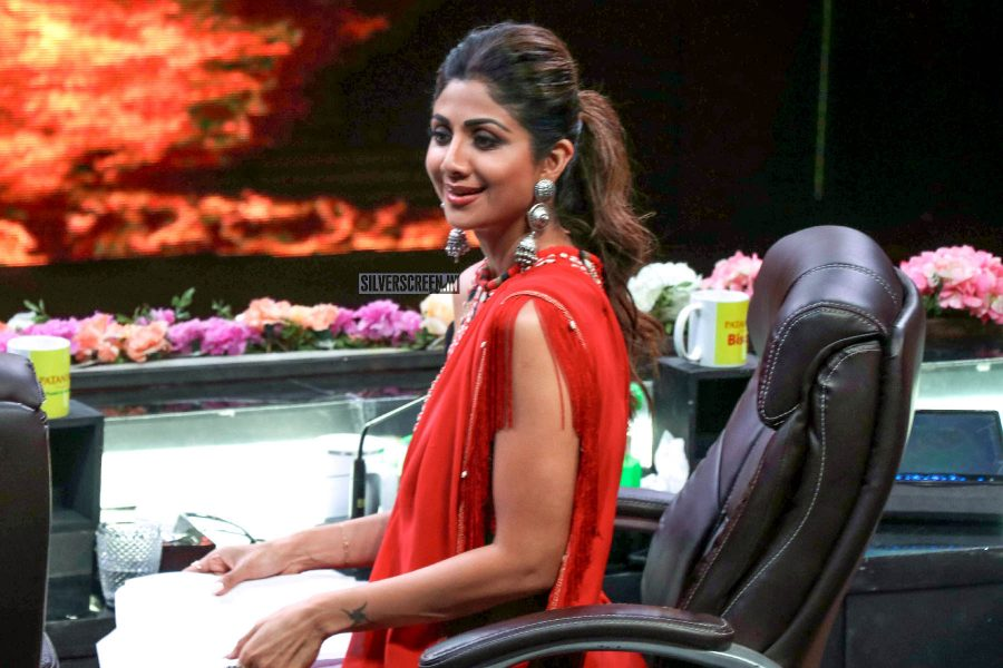 Shilpa Shetty Promotes 'Kalank' On The Sets Of Super Dancer Chapter 3