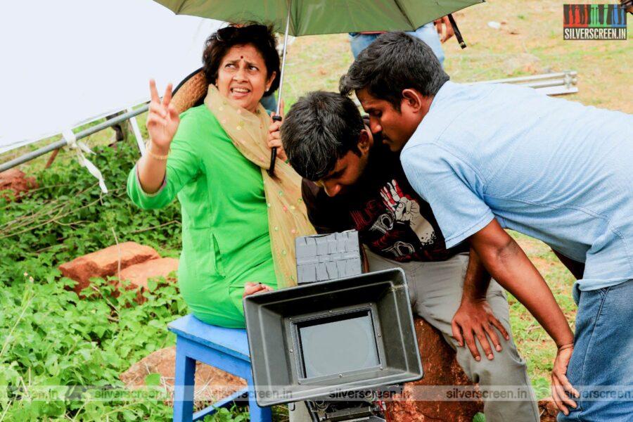 House Owner Movie Stills Featuring Lakshmy Ramakrishnan