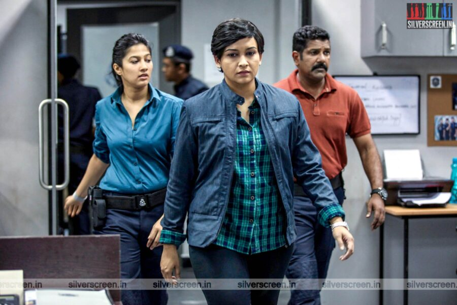 Kadaram Kondan Movie Stills