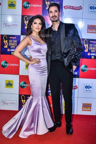 Sunny Leone At The 'Zee Cine Awards 2019'