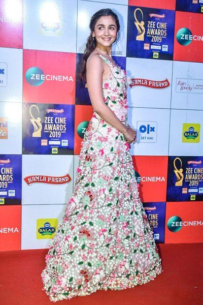 Alia Bhatt At The 'Zee Cine Awards 2019'
