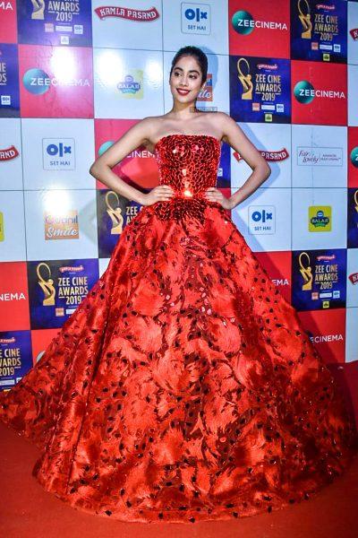 Jhanvi Kapoor At The 'Zee Cine Awards 2019'