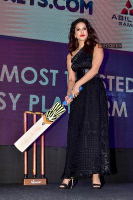 Sunny Leone At 11wickets.com Website Launch