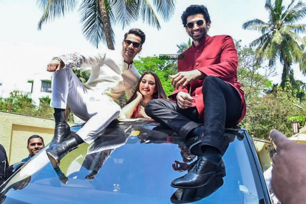 Varun Dhawan, Sonakshi Sinha, Aditya Roy Kapur At The 'Kalank' Teaser Launch